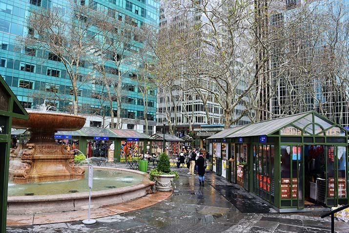 Christmas-Bazaar-in-Bryant-Park-2