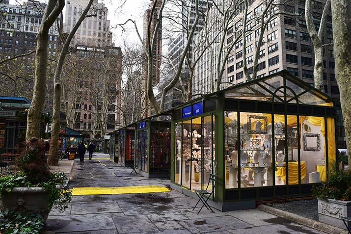Christmas-Bazaar-in-Bryant-Park