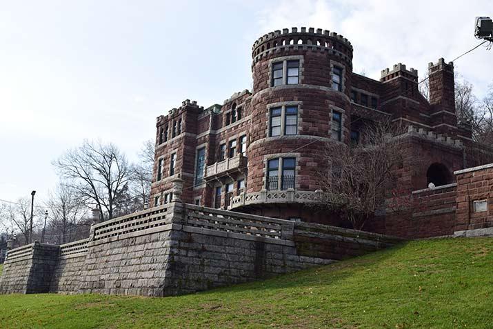 Lambert-Castle-Museum1-s