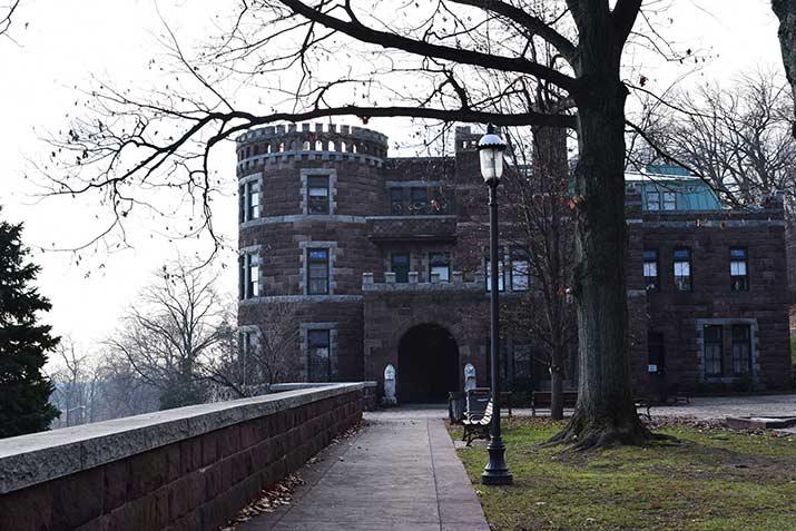 Lambert-Castle-Museum2-s