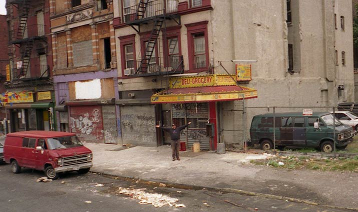 Картинки по запросу нью йорк метро 1990 криминал